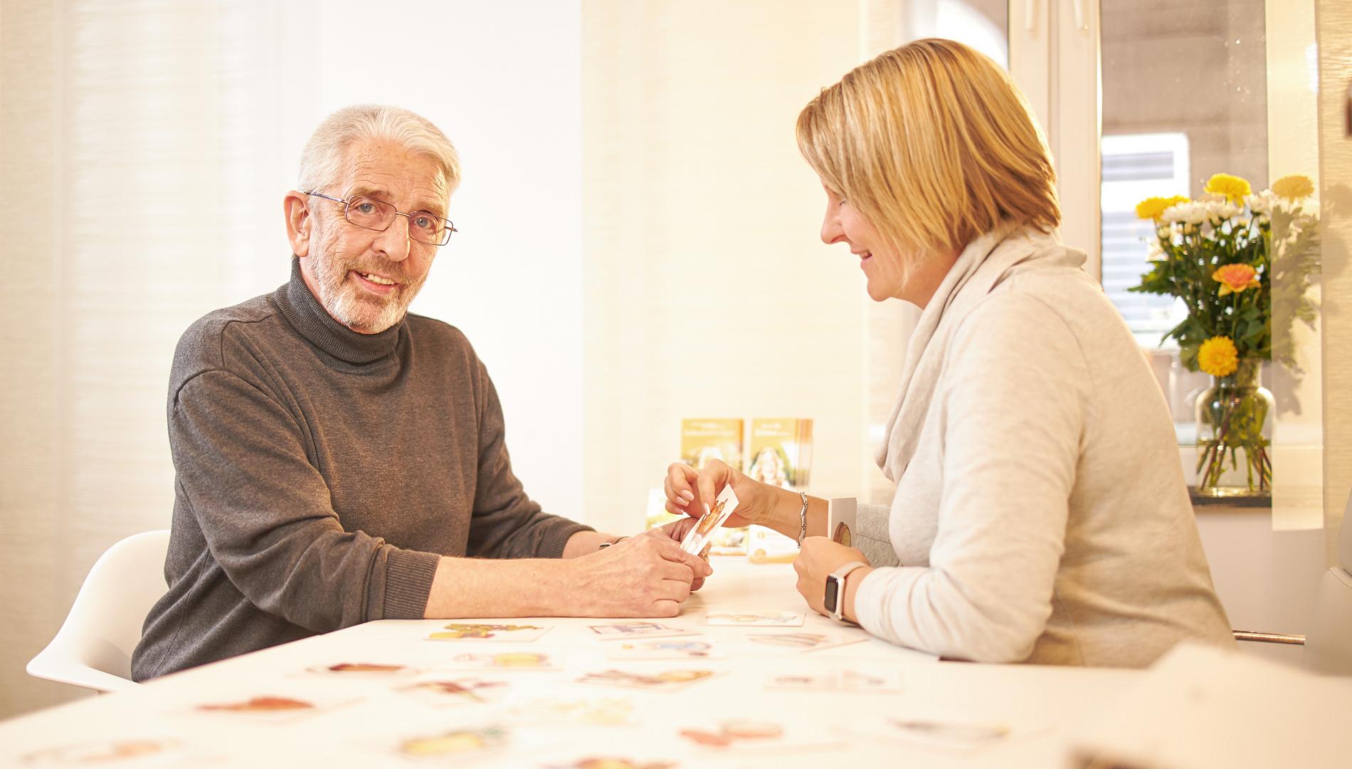 Dysarthrophonie Therapie und Therapeuten